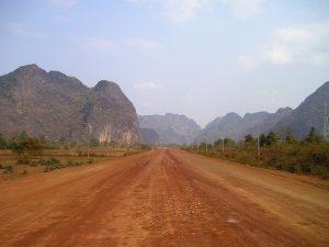 Mit dem Reisebus durch Laos