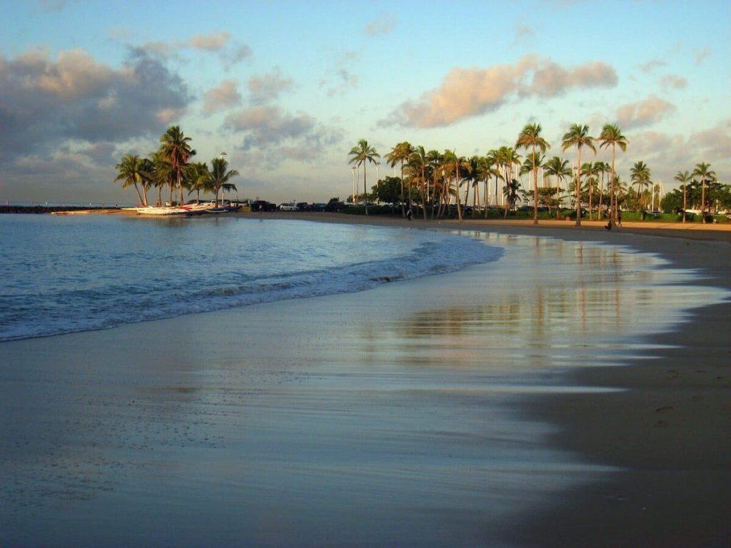 Seaside Hawaiian Hostel Waikiki Beach