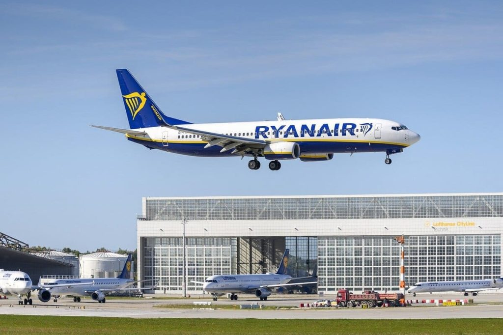 Ryanair Mit dem Billigflieger um die Welt