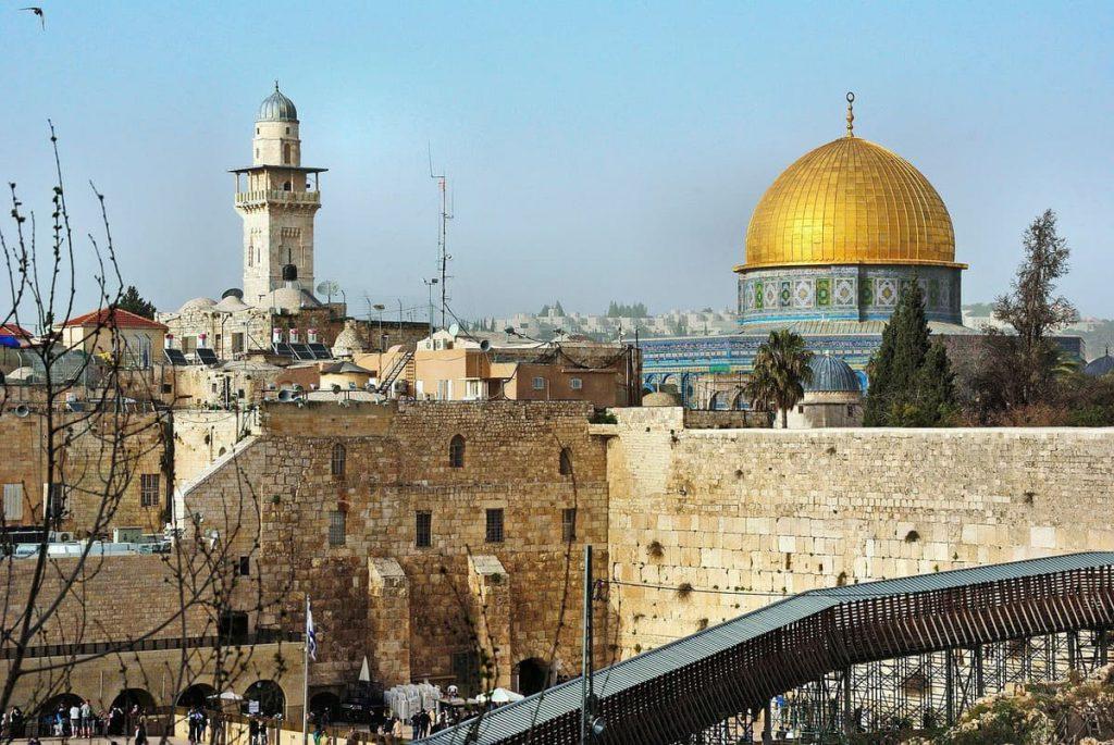 Klagemauer und Felsendom in Jerusalum