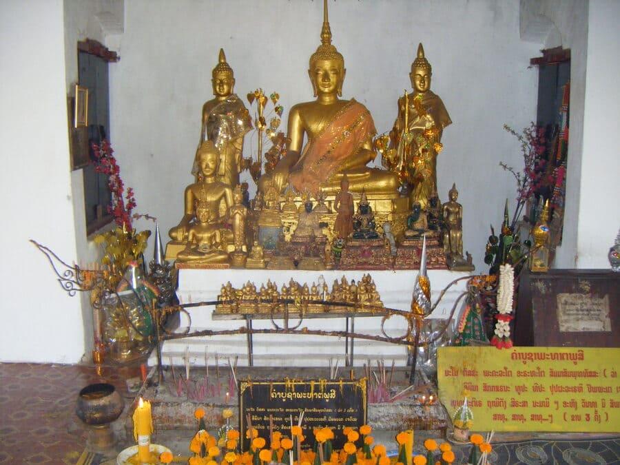 Stupa auf dem Mount Phousi